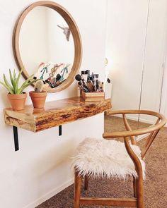 Room Ideas Bedroom, Home Bedroom, Diy Bedroom Decor, Diy Home Decor, Bedrooms, Diy Vanity, Rustic Makeup Vanity, Vanity Room, Aesthetic Room Decor