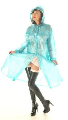 Décembre 2012 Vinyl Raincoat, Plastic Raincoat, Pvc Raincoat, Plastic Pants, Raincoat Jacket, Rain Jacket, Imper Pvc, Plastic Mac, Hooded Cloak