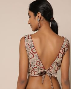 blouse designs Looking for simple blouse back neck designs to try with cotton sarees? Here are our picks of 20 mind blowing blouses that will bright up your saree look, Blouse Back Neck Designs, Simple Blouse Designs, Stylish Blouse Design, Saree Jacket Designs, Sari Blouse Designs, Kalamkari Blouse Designs, Dress Designs, Blouse Styles, Sari Bluse