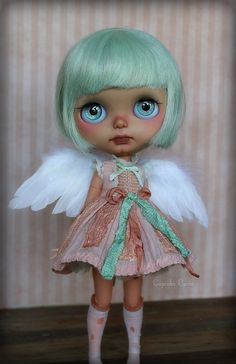 Standing on Her Own | Flickr - Photo Sharing! Fairy Clothes, Doll Clothes, Ooak Dolls, Blythe Dolls, Beautiful Dolls, Baby Dolls, Doll Repaint, Creepy Dolls, Little Girls