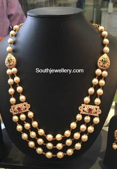 Pearls Necklace latest jewelry designs - Page 7 of 78 - Indian Jewellery Designs Gold Jewellery Design, Bead Jewellery, Latest Jewellery, Beaded Jewelry, Temple Jewellery, Beaded Necklace, Gold Jewelry Simple, Coral Jewelry, Wedding Jewelry