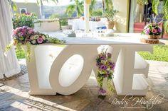 Mesa de Novios Letras Love, ideal para tu Boda en Playa. Bodas Huatulco, Huatulco.