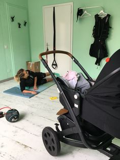 Personal Trainer e Wiemspro EMS System Personal Trainer, Ems, Baby Strollers, Trainers, Children, Baby Prams, Tennis, Young Children, Boys