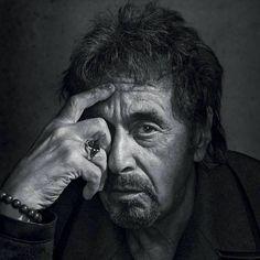 Подскажите, кто фотограф. Очень крутой снимок Аль Пачино