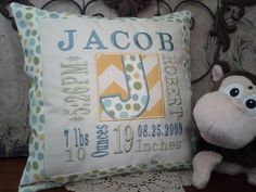 Announcement With Dog Pictures Referral: 1094271972 Baby Embroidery, Machine Embroidery Applique, Custom Embroidery, Embroidery Ideas, Memory Pillows, Baby Pillows, Baby Sewing Projects, Sewing Crafts, Book Pillow