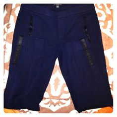 Banana Republic Sloan fit pants Blue and black herringbone Sloan fit pants with faux leather detail on the pockets and ankles. Excellent condition, too big on me. Just picked up from the dry cleaner. Banana Republic Pants Ankle & Cropped