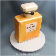 Chanel №5 Parfum/Perfume Bottle Cake by Cakes.KeyArtStudio.com, via Flickr