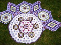 """Hexagon Quilt """"La Passion"""": My La Passion"""