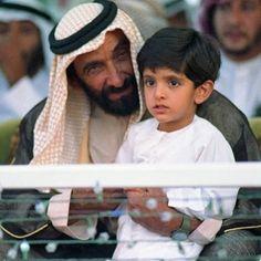 Zayed bin Sultan Al Nahyan y Hamdan bin Mohammed bin Rashid Al Maktoum. Vía: faz3