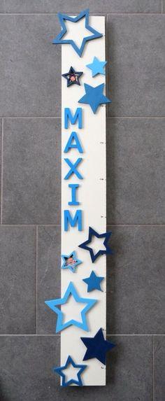 Handmade: Personalisierte Messlatte mit Stern - Motiven als Bilderrahmen für Fotos