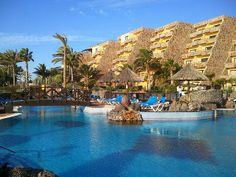 Review of Blue Bay Beach Club in Gran Canaria - http://www.europealacarte.co.uk/blog/2014/02/03/blue-bay-beach-club-gran-canaria/