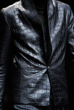 Roberto Cavalli Fall 2012 Menswear Fashion Show Details