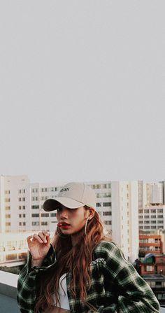 Lisa Blackpink Wallpaper, Lisa Bp, Foto Casual, Idole, Black Pink Kpop, Blackpink Photos, Blackpink Fashion, Blackpink Jisoo, Melanie Martinez
