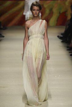 Alberta Ferretti - Spring 2016 Ready-to-Wear - #feelingfashion