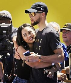 Ayesha and Steph Curry 2017 Basketball Workouts, Basketball Gifts, Basketball Pictures, Basketball Players, Basketball Tattoos, Curry Basketball, Basketball Court, Basketball Quotes, Basketball Jersey