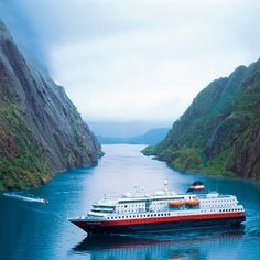 Fjord-to-Table Dining on Norway's Famed Hurtigruten Cruises