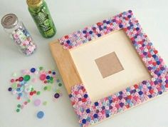 40 Beautiful DIY Photo Frame Ideas to Use in Special Moments – Bored Art - diy kids crafts Cadre Photo Diy, Cadre Diy, Popsicle Stick Crafts, Craft Stick Crafts, Paper Crafts, Fun Crafts, Diy Home Crafts, Crafts For Kids, Sewing Crafts