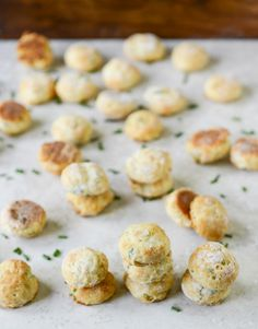 Mini Cream Cheese + Chive Biscuits I howsweeteats.com
