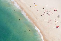Fotografia da Paisagem da Praia de Itacoatiara em Niterói.
