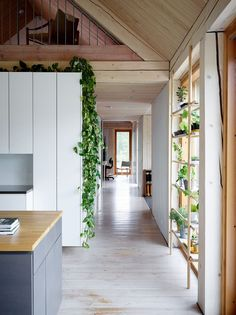 Residential Interior Design, Interior Architecture, Interior And Exterior, Shed Cabin, Barns Sheds, Contemporary Kitchen Design, Piece A Vivre, House Goals, Decoration