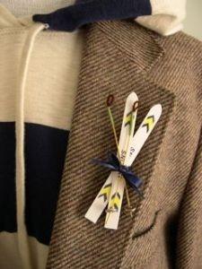 Crossed skis - napkin tie?