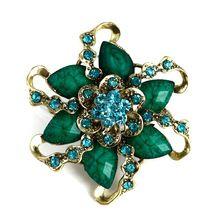 Free Shipping 2013 New Fashion Silver Alloy Resin Rhinestone Flower Brooch Crystal Pins Women Wedding bridesmaid Brooch(China (Mainland))