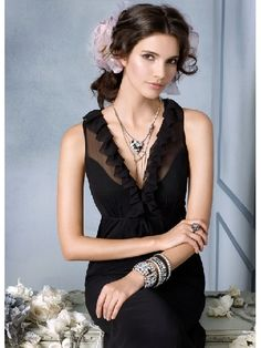 Black Tea Length V-neck Sexy Chiffon Bridesmaid Dress