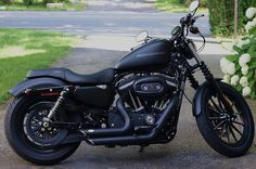 Harley Davidson Sportster Iron 883 - Vance & Hines