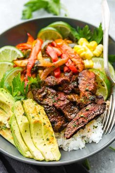 Chipotle Steak Rice Bowls – The Recipe Critic Barbecue Recipes, Beef Recipes, Cooking Recipes, Healthy Recipes, Leftover Steak Recipes, Skirt Steak Recipes, Kale Recipes, Ketogenic Recipes, Potato Recipes