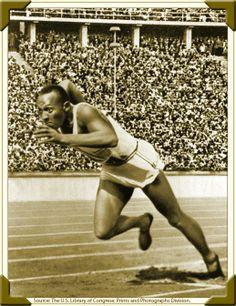 Jesse Owens, Berlín 1936. Ganador de cuatro medallas de oro, un hecho sin