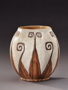 Ovoid shaped crackled white stoneware vase. Stamp «Boch Frères la Louvière» and signed «Ch.Catteau ». Circa 1930.