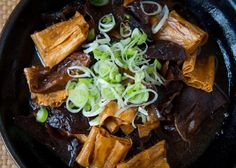 This is a great vegetarian store cupboard supper. It might be surprising that all the main ingredients are dried – typical of many Chinese dishes. The highlight is … Bean Curd Skin, Vegetarian Recipes, Cooking Recipes, Vegetarian Chicken, Healthy Recipes, Veg Recipes, Delicious Recipes, Dried Tofu, Tofu Dishes