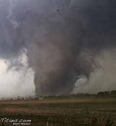 (¯`'•.♪♫Sunday, May 19, 2013  image of Shawnee, OK tornado from earlier this evening
