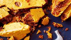 Whether you call it honeycomb, hokey pokey or cinder toffee, follow our guide to creating this crunchy set sweet.