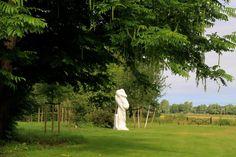 Carrara marmeren beeld van Peter Schuijren bij Kasteel Keukenhof | Keukenhof Castle - The Netherlands