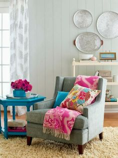Mantas y alfombras con detalles de colores y texturas para hacer más acogedor tu #invierno. ;)