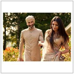 Sabyasachi X CN Traveller Summer Destination Wedding 2020 Collection Is Out And Its Gorgeous! Bollywood Saree, Bollywood Fashion, Indian Fashion Dresses, Sabyasachi Collection, Lengha Choli, Sarees, Sabyasachi Bride, Groom Outfit, Bridal Photography