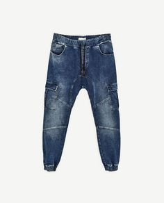 Image 8 of SOFT DENIM CARGO TROUSERS from Zara