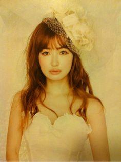 平子理沙さんの花嫁メイク