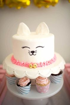 Kitty Cat Cake from a Kitty Cat Birthday Party Cat Themed Parties, Birthday Parties, Birthday Cake For Cat, Birthday Ideas, 2nd Birthday, Elephant Birthday, Kitten Party, Animal Cakes, Cute Cakes