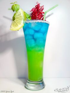 Green Izak...Vodka, Curacao, pineapple juice, & ice