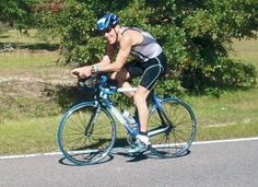 When I contemplated attempting my first sprint triathlon over 5 years ago, I had many doubts and fears that I could actually do it. Afterall, the only races I had completed prior were and road races, plus a half-marathon or two. I hadn' Sprint Triathlon Training, Ironman Triathlon Motivation, Speed Training, Marathon Training, Training Plan, Training Workouts, Training Schedule, Training Equipment, Training Programs