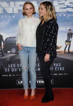 """Lily-Rose Depp à la première de """"Enragés"""" à Paris"""