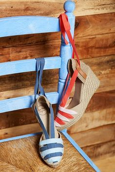 Traditional Catalan-style espadrille wedges by Toni Pons Spring-Summer 2017.