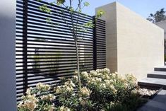 Modern Metal Fence And Modern Steel Fence Modern Looking Iron Fence Outdoor Ideas Trellis Design, Front Yard Fence, Fence Gate, Low Fence, Lattice Fence, Wall Trellis, Metal Trellis, Modern Fence Design, Moderne Pools