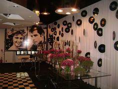 decoração de festa de debutante anos 60 - Pesquisa Google