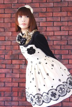 Love the dress print