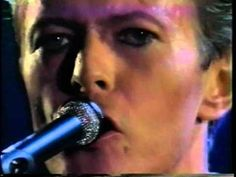 Rock'n Roll Suicide - David Bowie in live & in love - Gimme Your Hands