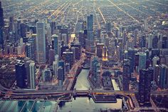 http://www.vanhattenphotography.com/the-city-of-chicago/  The City of Chicago Photography