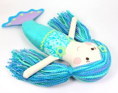 Sirena Doll - Eco-Friendly Tela Muñeca De Trapo - Serafina la sirena con cola turquesa Seda y suave algodón multicolor Hilados de pelo